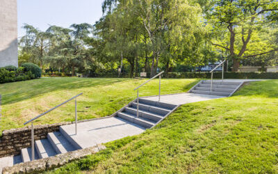 Herstel trap en wandelpad van Residentie Aurore (Anderlecht) voor Atimmo